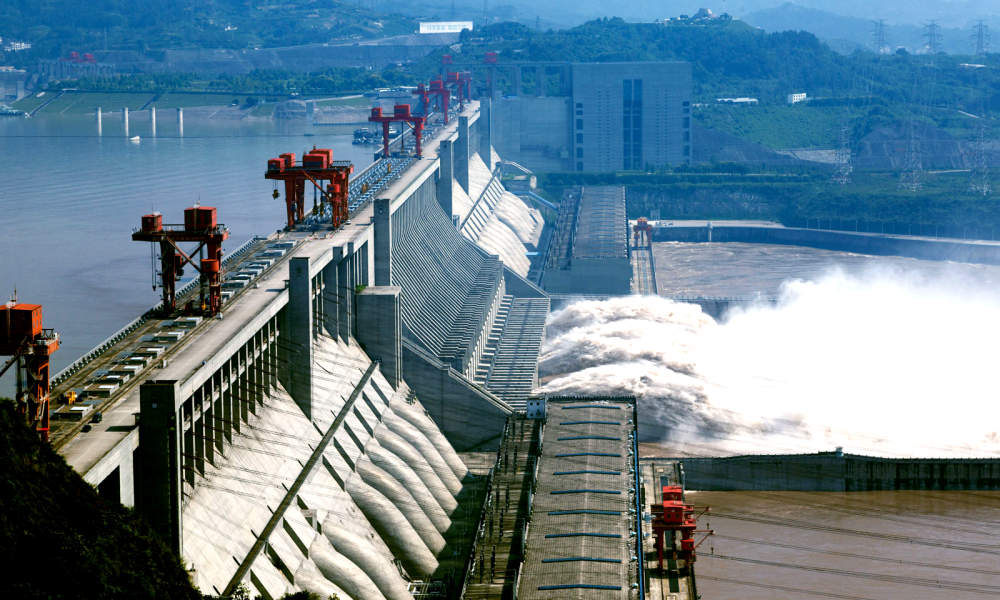 Extreme Levels of Flood May Cause Damage to China's Largest Dam, With 400 Million People at Risk